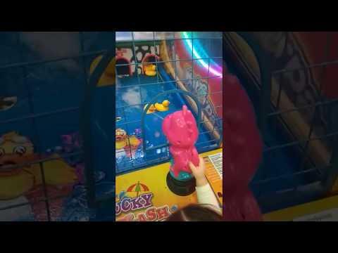 children in children's entertainment center))))))))))
