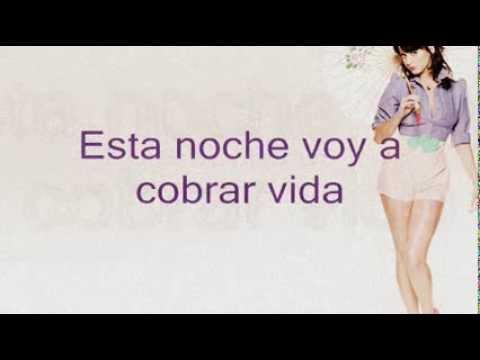 Katy Perry - Dressing up (en español)