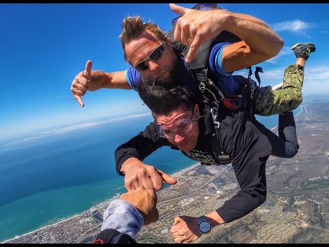 SKYDIVING IN SAN DIEGO CALIFORNIA (FML)