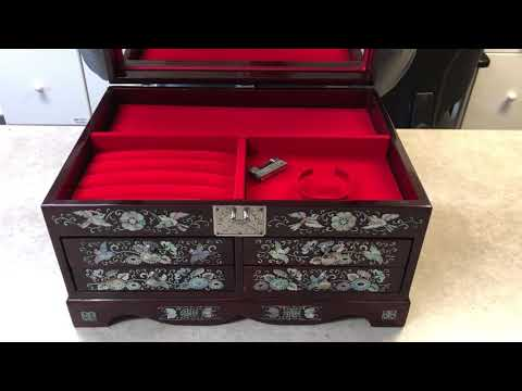 Sankyo 18 Note Movement Music Box Unknown Song.  Please Help Identify!