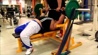 Sami Huhtala ja Kuminauhareeni 21.12.2012 Powerhouse Gym Tampere