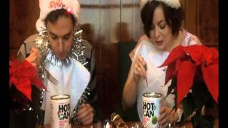 Daily Express team tests out Hot Can - the 12 minute Christmas dinner