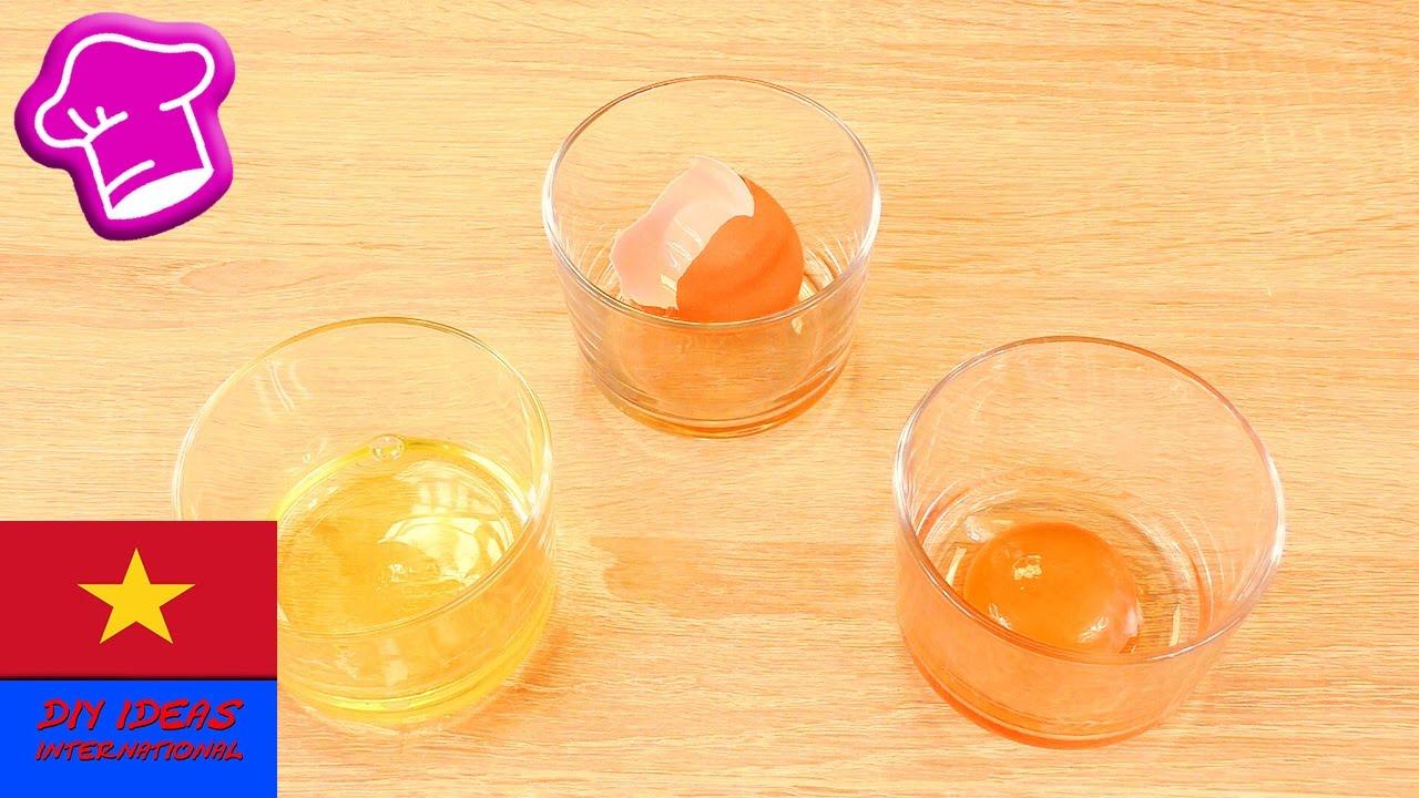 Cách tách lòng trắng trứng ra khỏi lòng đỏ trứng gà