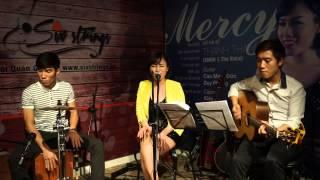 Hà Nội Trà Đá Vỉa Hè - Live at Six Strings