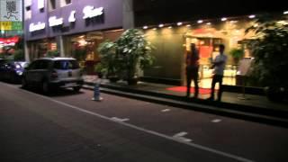 Прогулка по вечернему Китаю.  Ходим по Гуанчжоу  в районе  станции метро zhujiang new town(Мы гуляем в районе станции метро zhujiang new town. Найти интересующий вас отель вы можете с помощью Booking: http://www.book..., 2014-02-05T12:29:33.000Z)