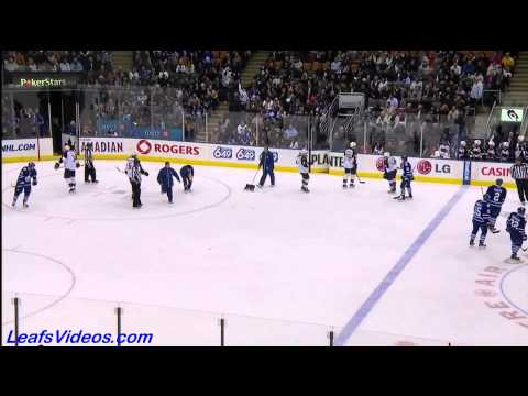 LEAFS FANS THROW WAFFLES AT LEAFS GAME