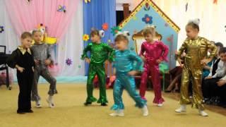 Танец Мама-мария гр. Колокольчик 06.03.2014