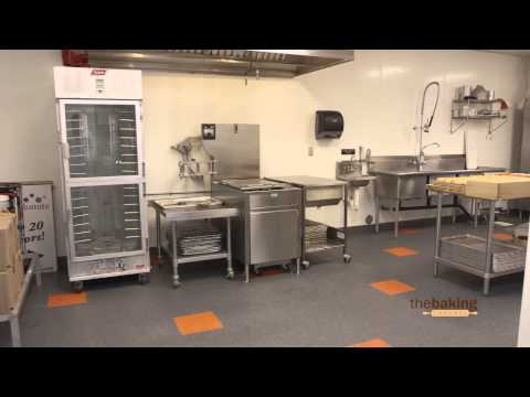 Keeping a Clean and Organized Bakery