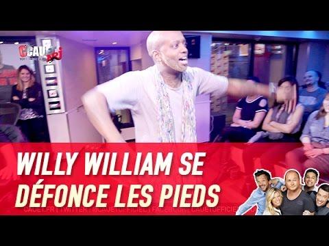 Willy William se défonce les pieds avec des Lego - C'Cauet sur NRJ