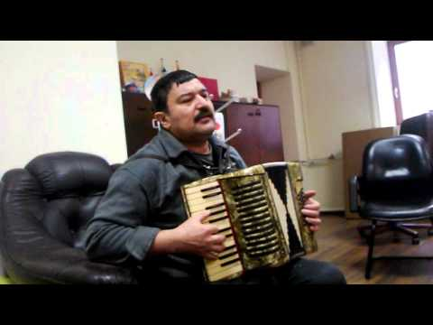 uzbek shavkat qurbonov