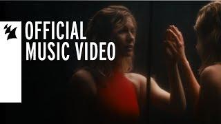 Смотреть клип Marlo & Haliene - Whisper