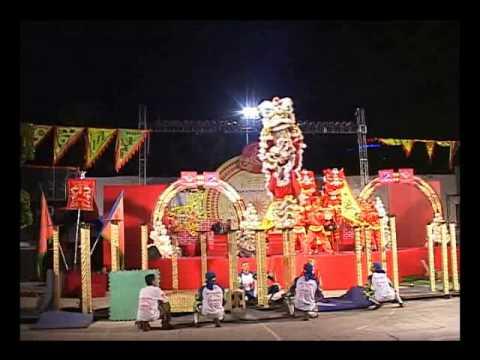 Lion Dance Hao Dung Duong - Mai Hoa Thung 2010 Par...