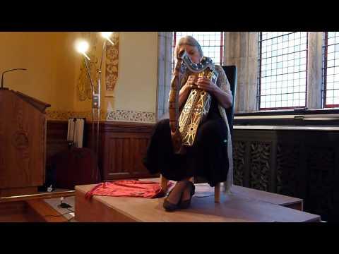 Ann Heymann (early Irish harp): Cumha a' Chléirich (an Irish pìobaireachd).