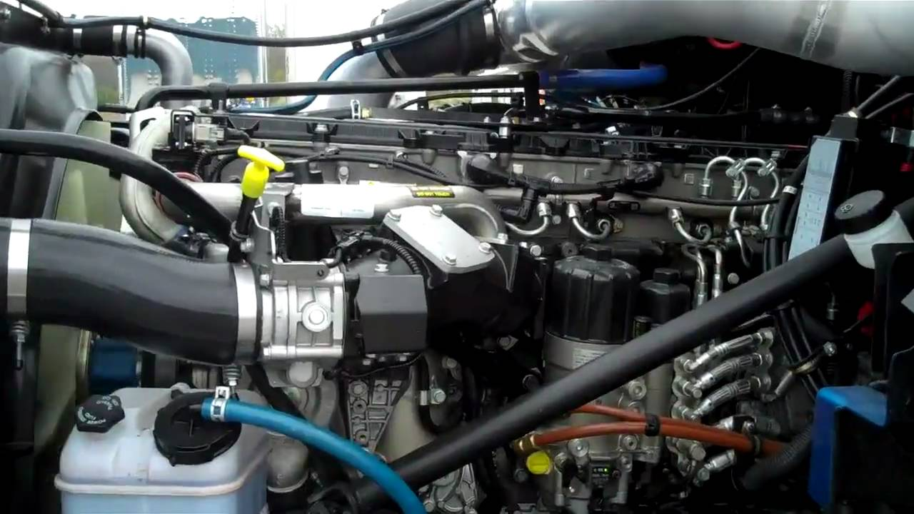detroit diesel dd13 w blue tec technology youtube freightliner fuel filter housing #7