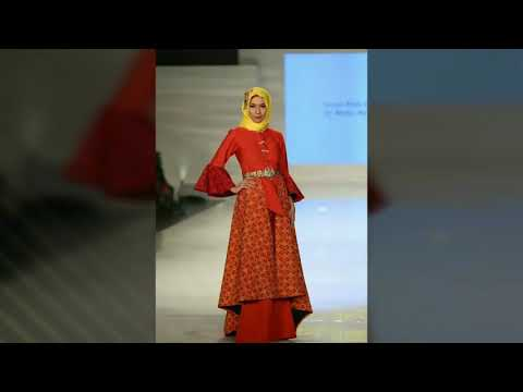 Yasmin Butik   Batik for Jogja Fashion Week 2017 - YouTube ed58d240b4