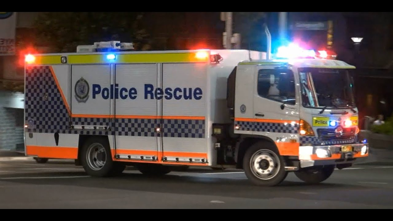 Rescue Truck R20 Police Rescue Nsw Police Youtube