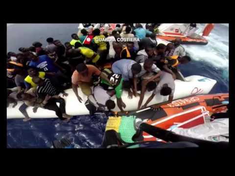 Migranti soccorsi nel Mediterraneo