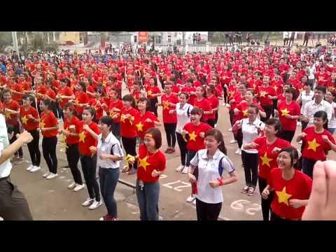 Dân vũ Việt Nam ơi! - kỉ lục 2000 sinh viên ĐHSP Thái Nguyên