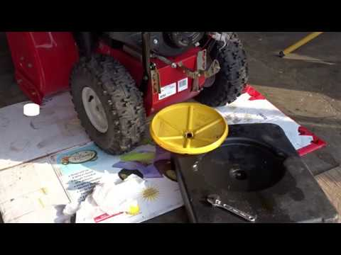 snowblower oil change youtube. Black Bedroom Furniture Sets. Home Design Ideas
