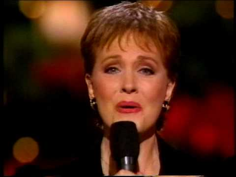 "Julie Andrews sings ""The Holy Boy"" - Christmas 1992"