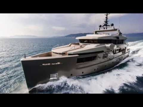 TOP 10 Superyacht Aft Decks, Yachting Tragedy Onboard Sailing Yacht, The New 'CACOS V' & much more