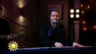 Robin Stjernberg - Rain (Live) - Nyhetsmorgon (TV4)