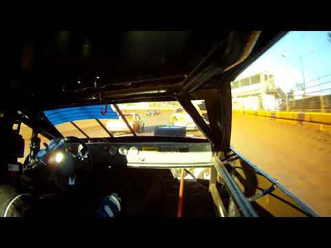 TZR #74 4bee heat race 8-26-17 Sunset Speedway