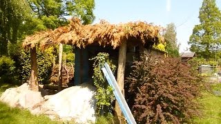Natural Looking Shelter - Simple Wooden Construction