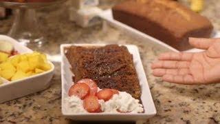 White Chocolate Strawberry Pound Cake Recipe : Delicious Pound Cakes