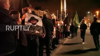 Ireland: Hundreds mourn former IRA leader Martin McGuinness