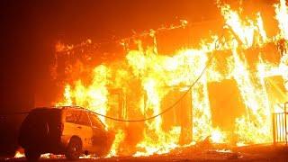 Tausende Menschen fliehen vor Bränden in Kalifornien