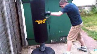 Free standing punch bag