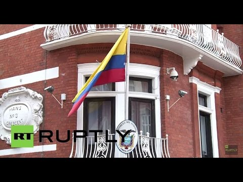 LIVE: Assange supporters mark his 3rd anniversary in Ecuadorian embassy