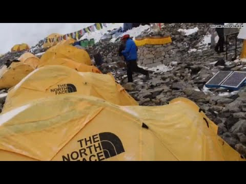Watch as climber gets Mt. Everest avalanche on cam!