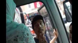 Repeat youtube video Pemukulan Sopir Busway