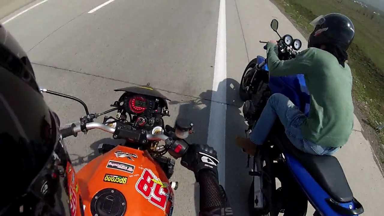 Honda Hornet 600 Vs Kawasaki Z 750 Youtube