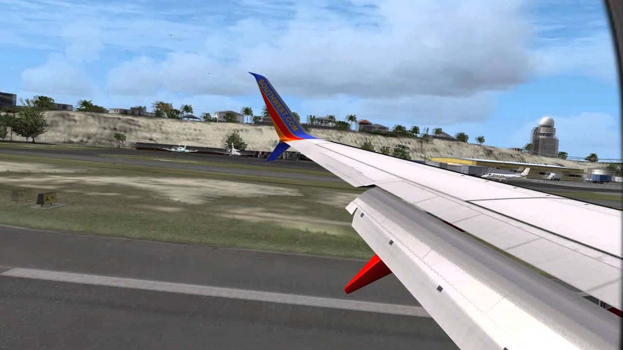 Split Scimitar B737-800 landing at St  Maarten! [FSX HD]