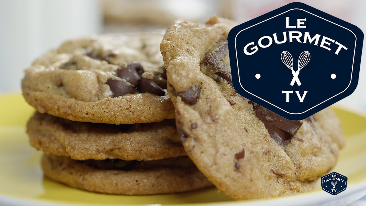 descriptive essay on chocolate chip cookies Delicious chocolate chip cookies essays what comes to mind when thinking of cookies what cookie is it that stands above the rest has any other cookie been so popular.