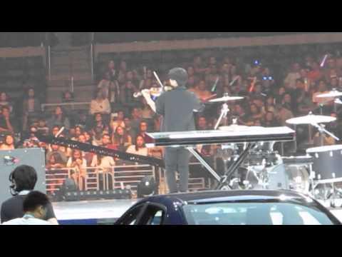 [FanCam] Jun Sung Ahn Violinist Big Bang Loser Cover KCON2015