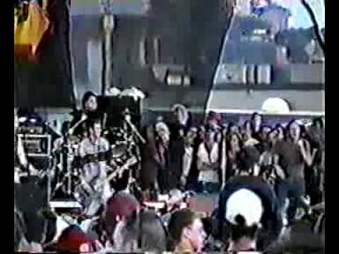 bad-religion---biggest-killer-in-american-history---warped-tour,-quebec-1998