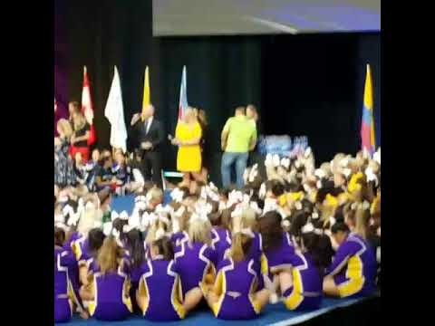 Tulare Union Cheer Gold Comp Squad