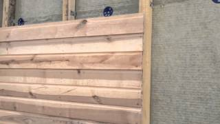 видео Обшивка деревянного дома снаружи вагонкой