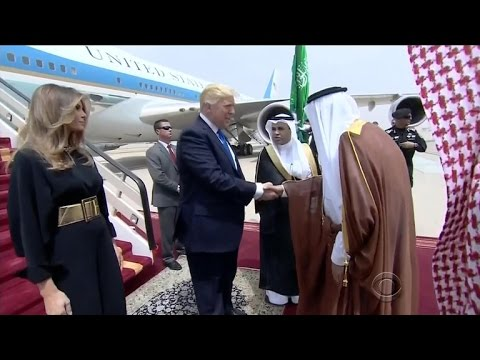 President Trump and the first lady arrive in Saudi Arabia
