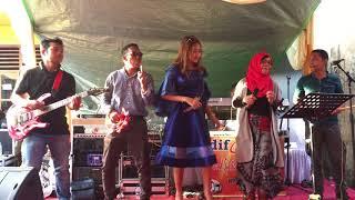 Video Lagu Dangdut. Goyang Heboh. Nadya & Ani by. Difa Mutiara Musik download MP3, 3GP, MP4, WEBM, AVI, FLV Oktober 2018