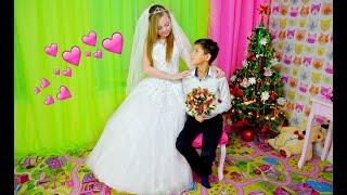 СВАДЬБА ! Диана и Максим ПОЖЕНИЛИСЬ в НОВОГОДНЮЮ НОЧЬ ! Свадебный переполох !