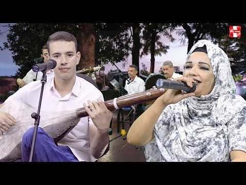 Driss boumia ghadi namchi 3alik دريس بومية مع الحسنية في اغنية جميلة غادي نمشي عليك
