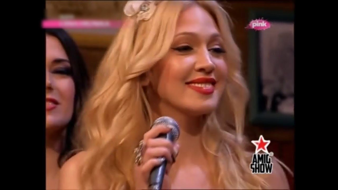 Stay - Rihanna (Cover by Milica Todorovic) (AmiG Show 2014)
