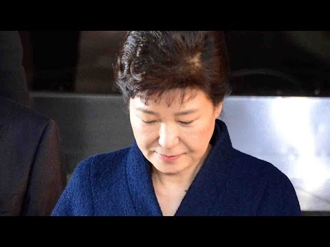 South Korean prosecutors seek arrest warrant for Park Geun-hye