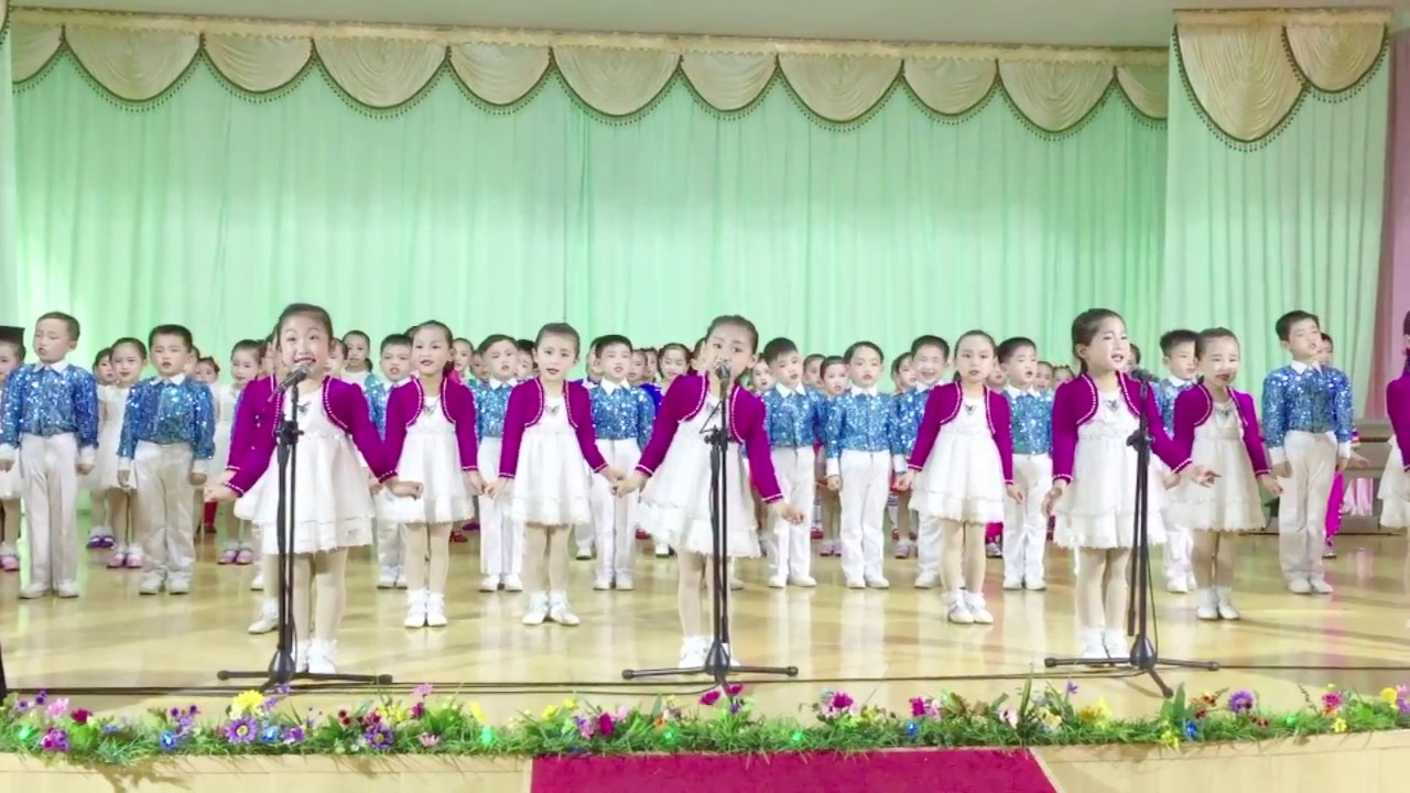 1 minute of North Korean children performing - YouTubeKorean Toddler Youtube