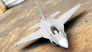 F-16 64MM Electric Ducted Fan Radio Controlled Jet